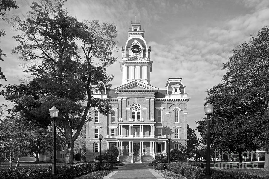 Chargers Photograph - Hillsdale College Central Hall by University Icons
