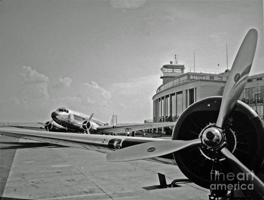 Airline Photograph - Historic Eastern Airlines Dca by Jost Houk