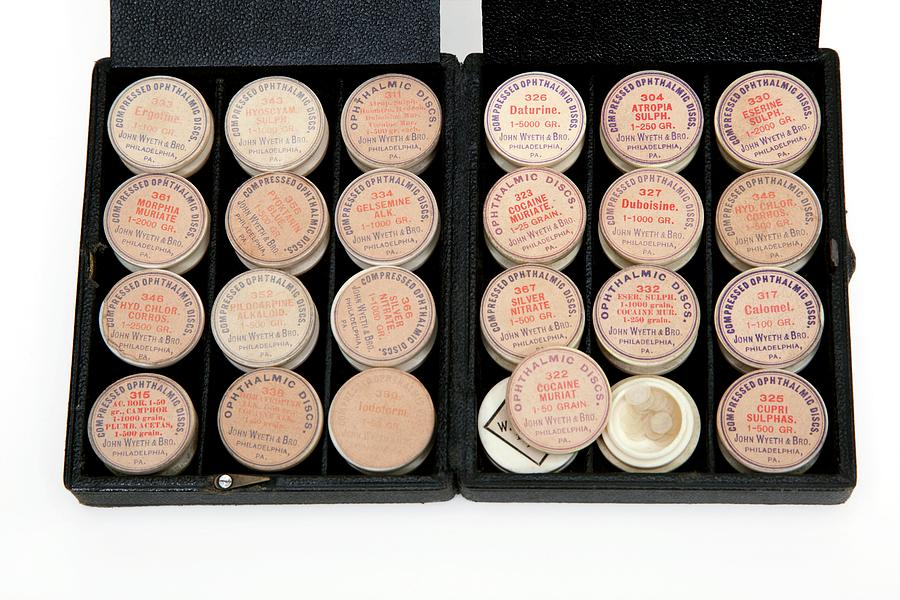 Cocaine Photograph - Historical Ophthalmology Drugs by Mark Thomas/science Photo Library