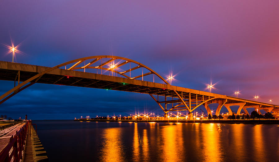 Hoan by Dave Chandre