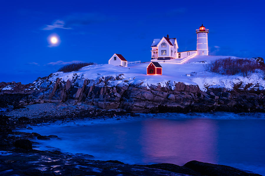 Cape Neddick Photograph - Holiday Moon by Michael Blanchette