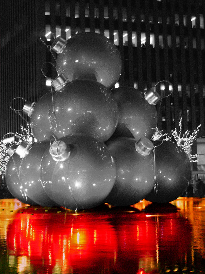 Christmas Photograph - Holiday Reflection by Pablo Rosales