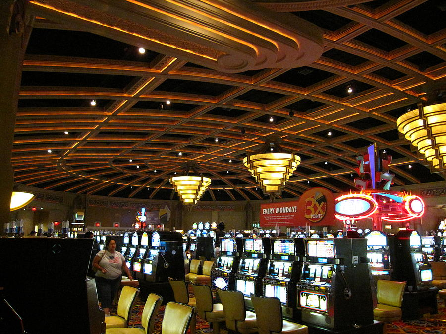 Charles town races and casino atlantic lounge online casino