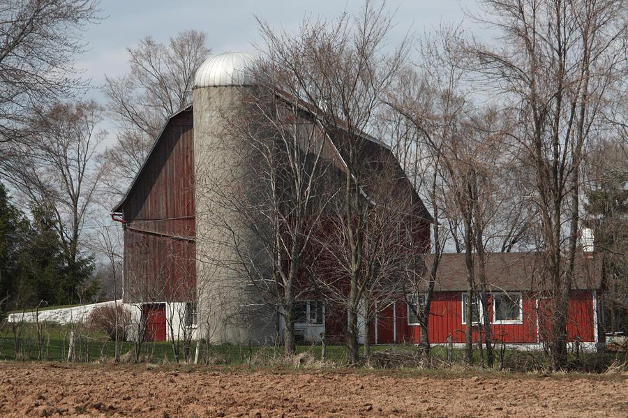 Barn Photograph - Homestead Farm by Nancy TeWinkel Lauren