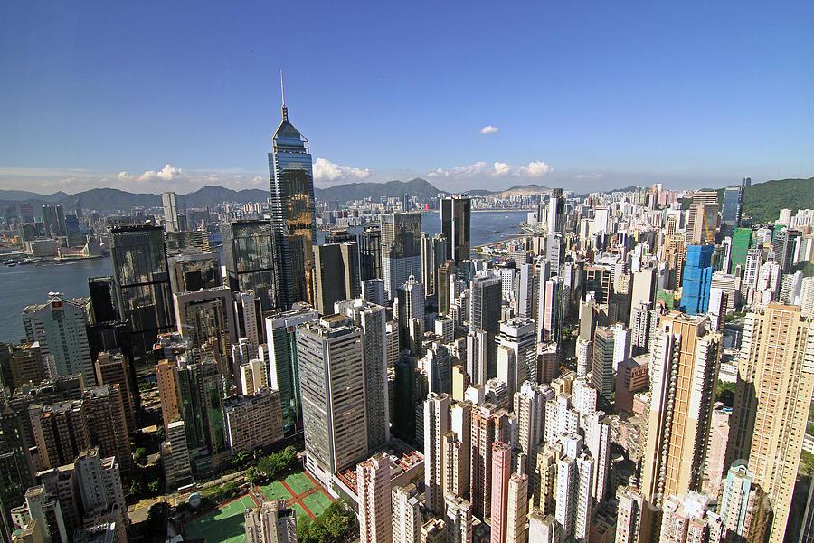 Hong Kong Photograph - Hong Kong Causeway Bay by Lars Ruecker