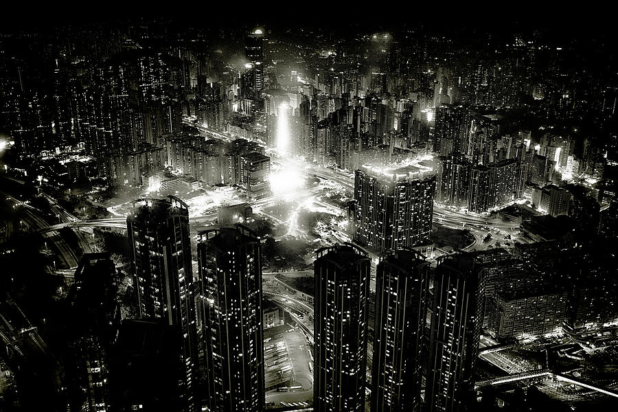 Hong Kong Photograph - Hong Kong Night by Kenichiro Hagiwara