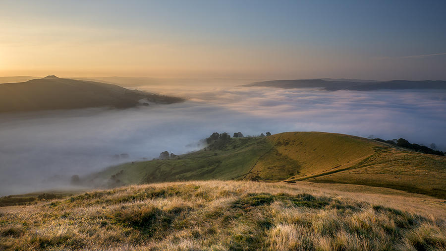 Hope Valley Photograph - Hope Valley Autumn Mist by Steve Tucker