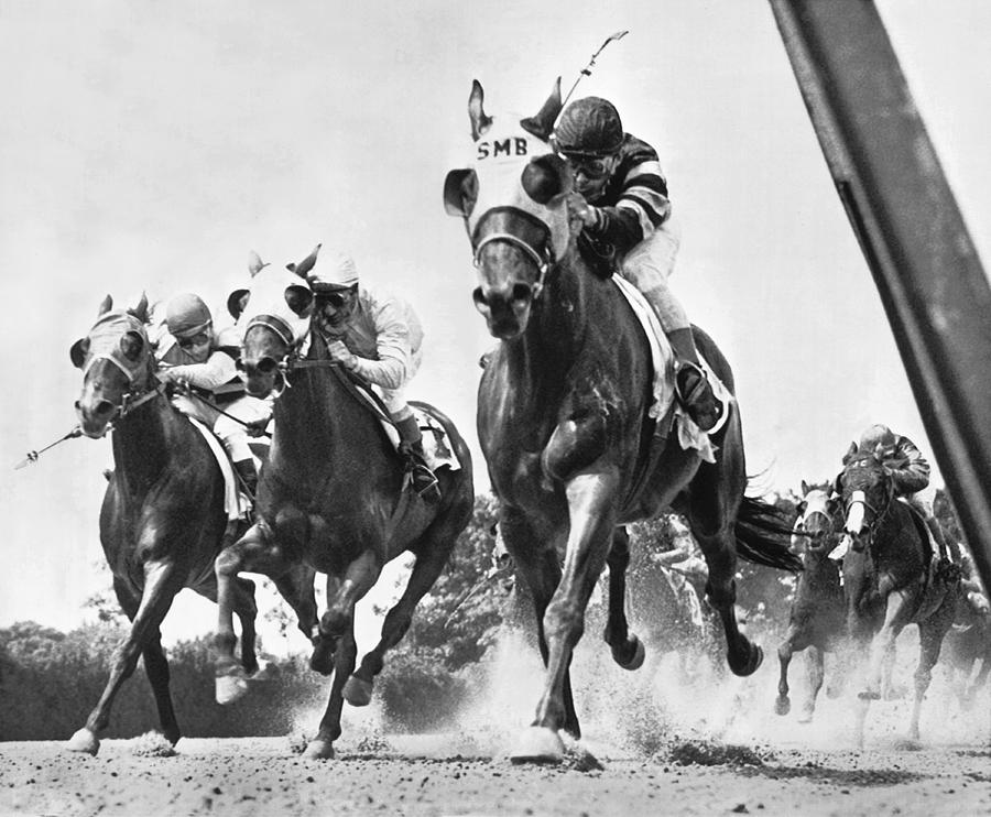 Horse Racing At Belmont Park Photograph By Underwood Archives