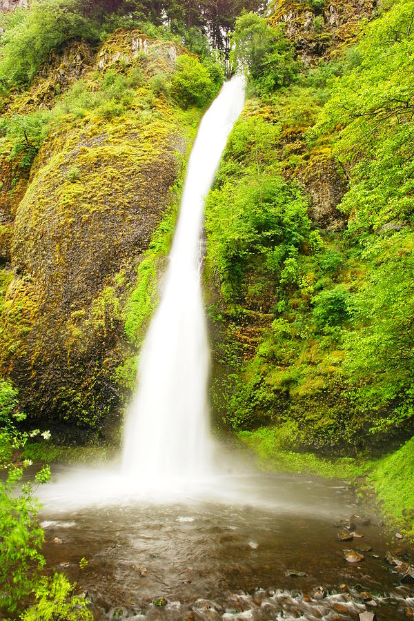 Horsetail Falls Photograph - Horsetail Falls In The Spring by Jeff Swan