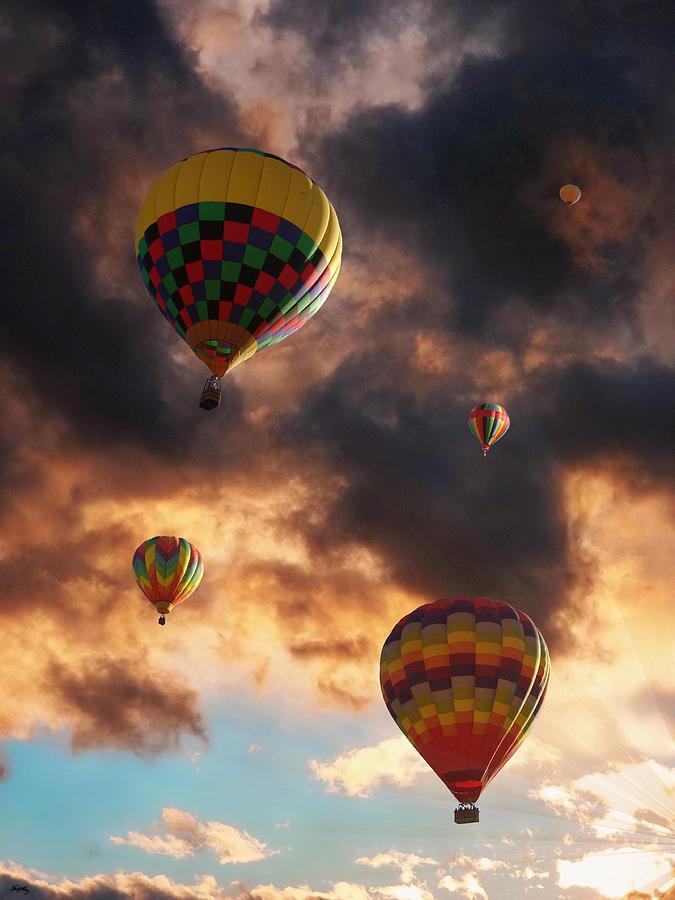 Hot Air Balloons Photograph - Hot Air Balloons - Chasing The Horizon by Glenn McCarthy