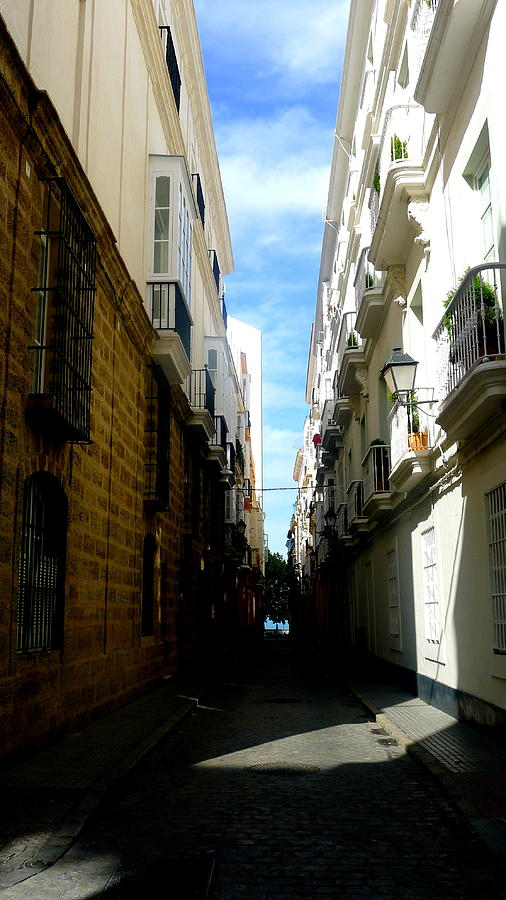 Spain Photograph - Hot Day In Cadiz by Olga Breslav