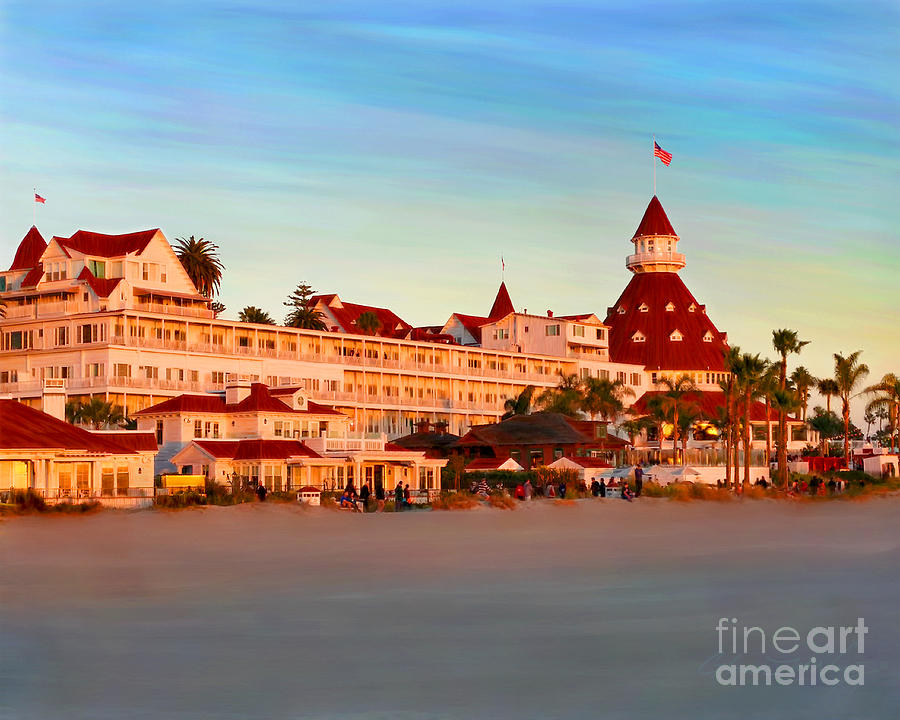 Hotel Del Sunset by Glenn McNary