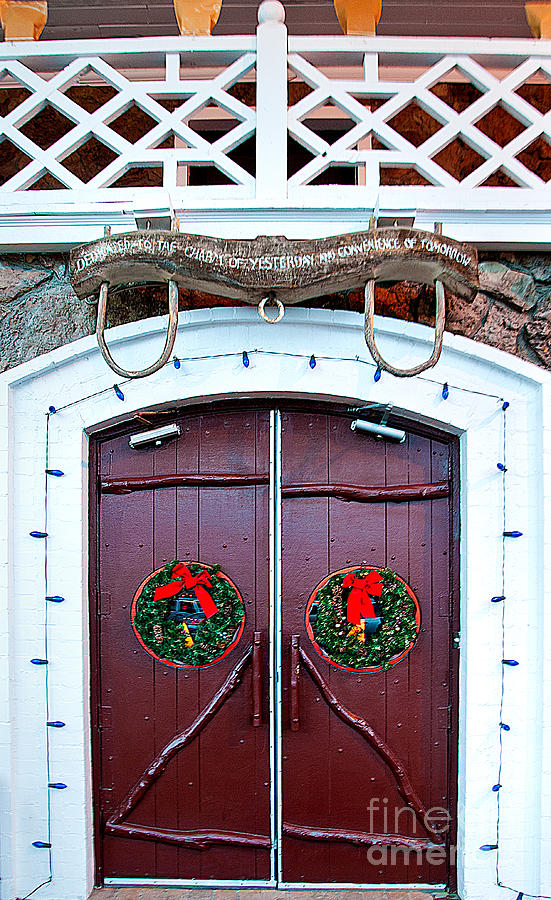 Greeting Cards Photograph - Hotel Door by Mae Wertz