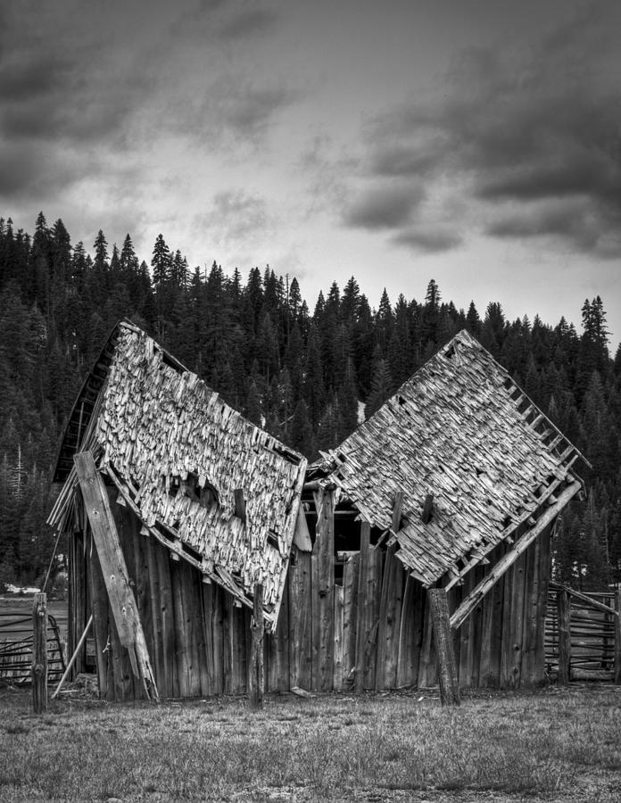 Black And White Photograph - House Broken by Ren Alber
