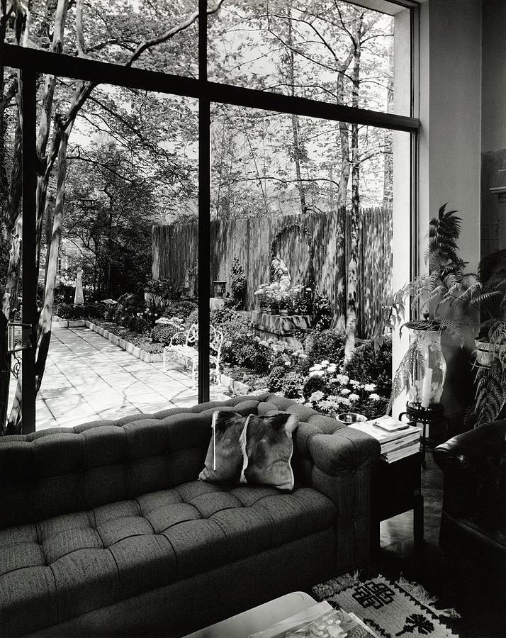 House Of Mr Otto Zenke In Greenboro Photograph by Pedro E. Guerrero