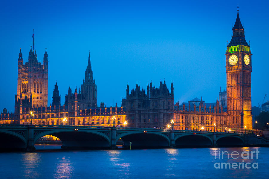 Big Ben Photograph - Houses Of Parliament by Inge Johnsson