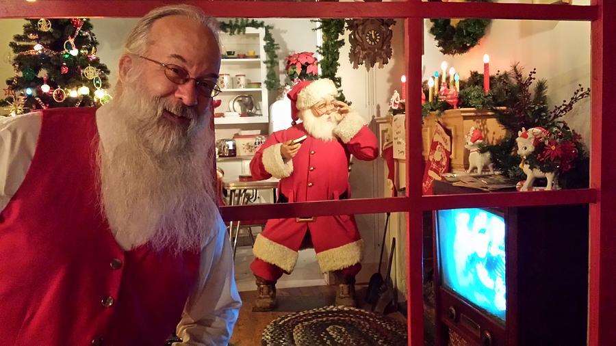 Santa Really Here Photograph