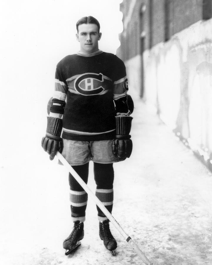 Howie Photograph - Howie Morenz Poster by Gianfranco Weiss