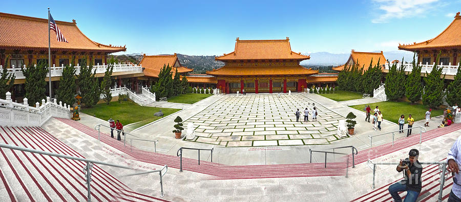 Hsi Lai Temple Photograph - Hsi Lai Temple - 07 by Gregory Dyer