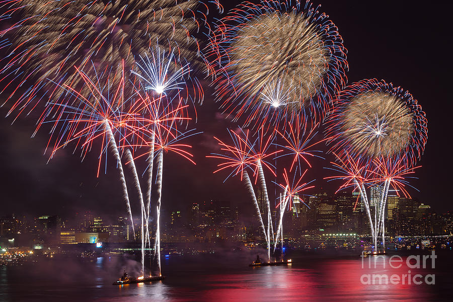 America Photograph - Hudson River Fireworks Viii by Clarence Holmes