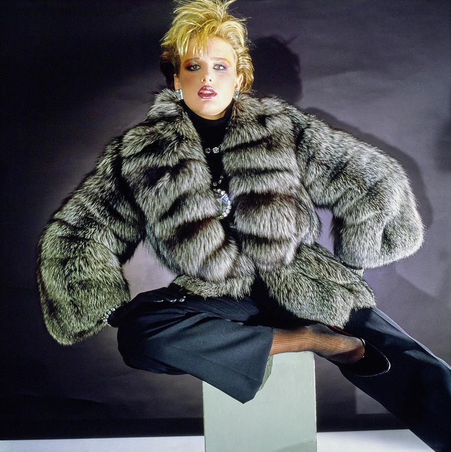 Hunter Reno Wearing A Grosvenor Canada Fur Coat Photograph by Horst P. Horst