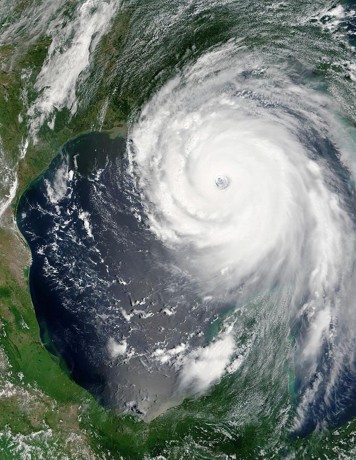 Hurricane Katrina Photograph - Hurricane Katrina by Nasa/science Photo Library