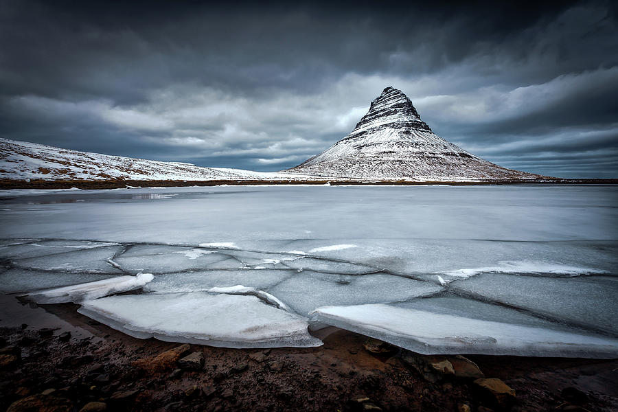 Kirkjufell Photograph - Ice-berg by Sus Bogaerts