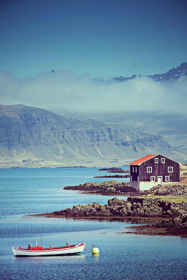 Iceland Photograph by Xavierarnau