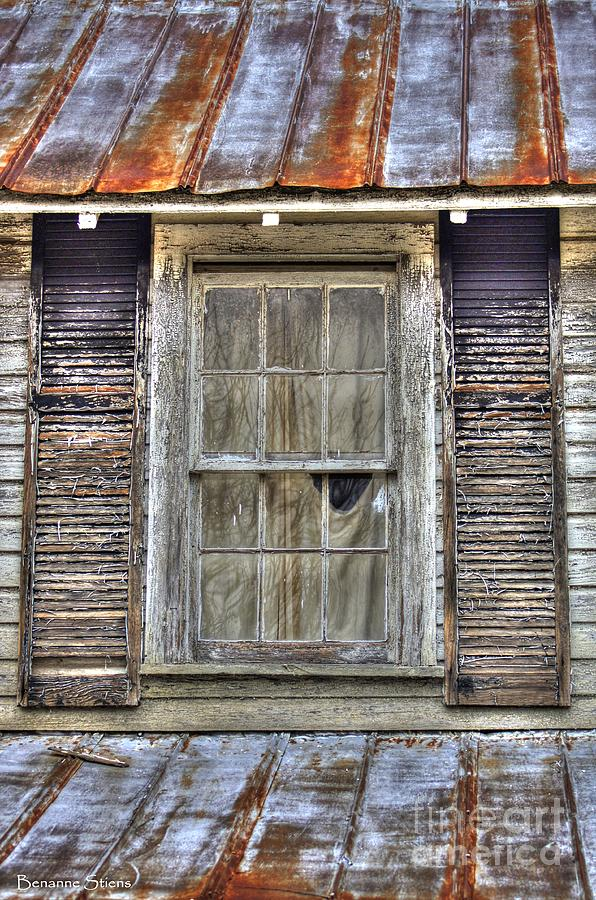 Rusted Tin Roof Photograph - Im Watching You by Benanne Stiens