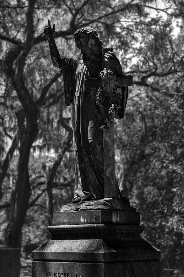Statue Photograph - In Memory Of Monochromatic by Lynn Palmer