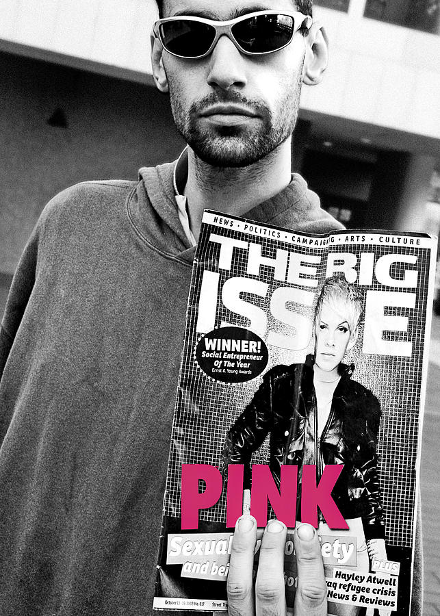 Urban Photograph - In The Pink by Stephen Norris