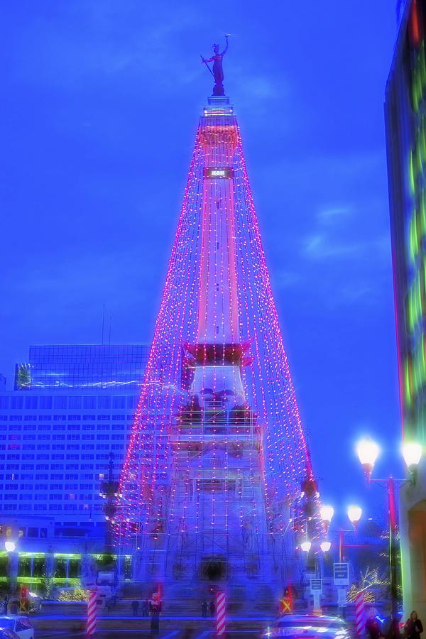 Christmas In Indianapolis.Indianapolis Indiana Monument Circle Christmas Tree