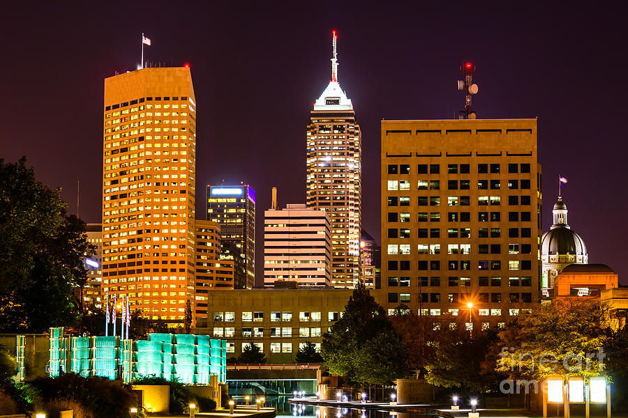 America Photograph - Indianapolis Skyline At Night Picture by Paul Velgos
