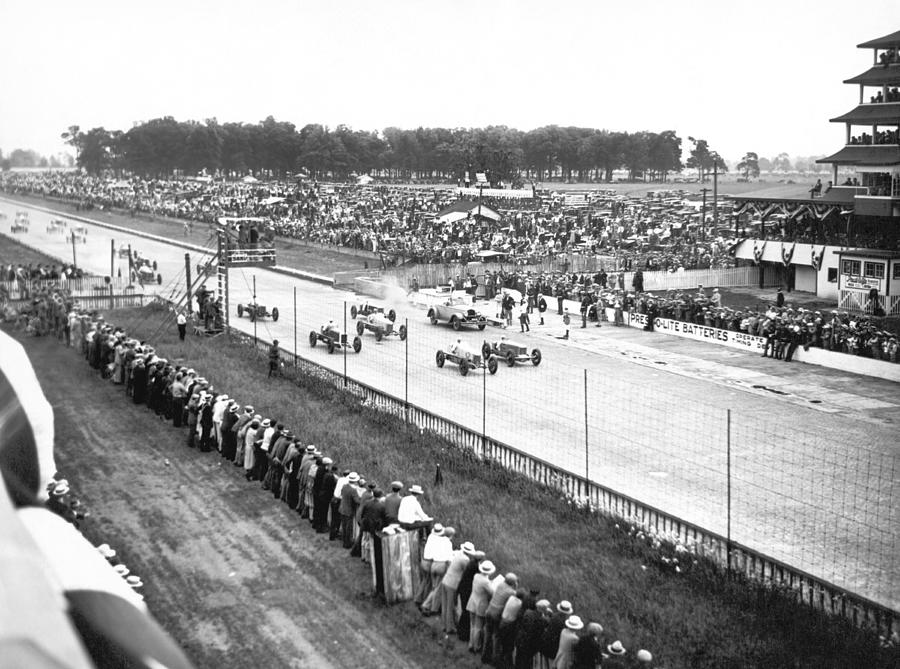 1920's Photograph - Indy 500 Auto Race by Underwood Archives
