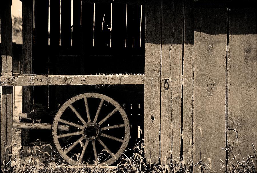Inside An Amish Farm by D'Arcy Evans