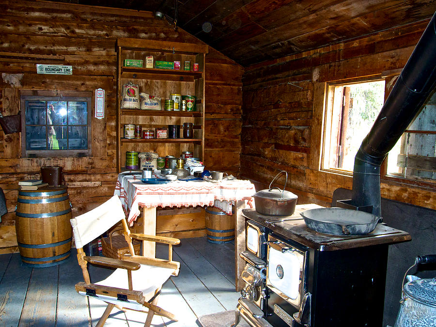 Genial Ak Photograph   Inside Of One Room Savage River Ranger Cabin In Denali Np Ak