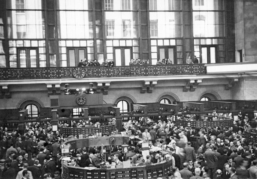1936 Photograph - Interior Of Ny Stock Exchange by Underwood Archives