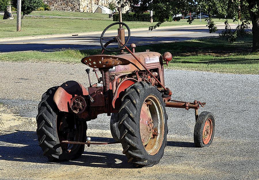 International Harvester Cub Tractor : International harvester mccormick farmall cub fcub tractor