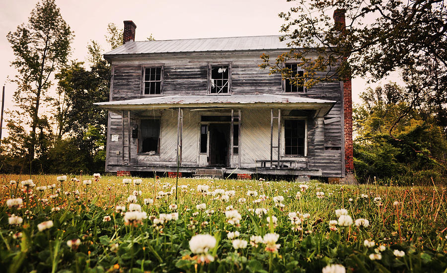 Abandoned House Photograph - Invited In by Emily Stauring