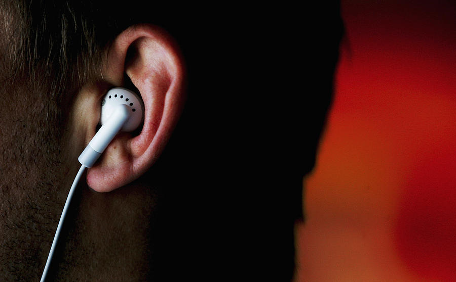iPods Linked To Hearing Problems Photograph by Ian Waldie
