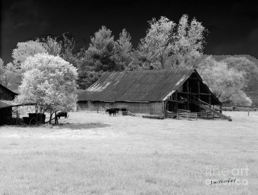 Barn Photograph - Irving College Barn by   Joe Beasley