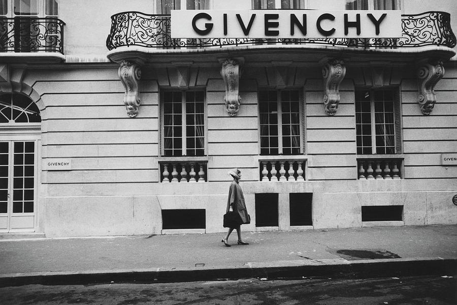 Exterior Photograph - Isabel ODonnell In Front Of Givenchy by Knight Russell