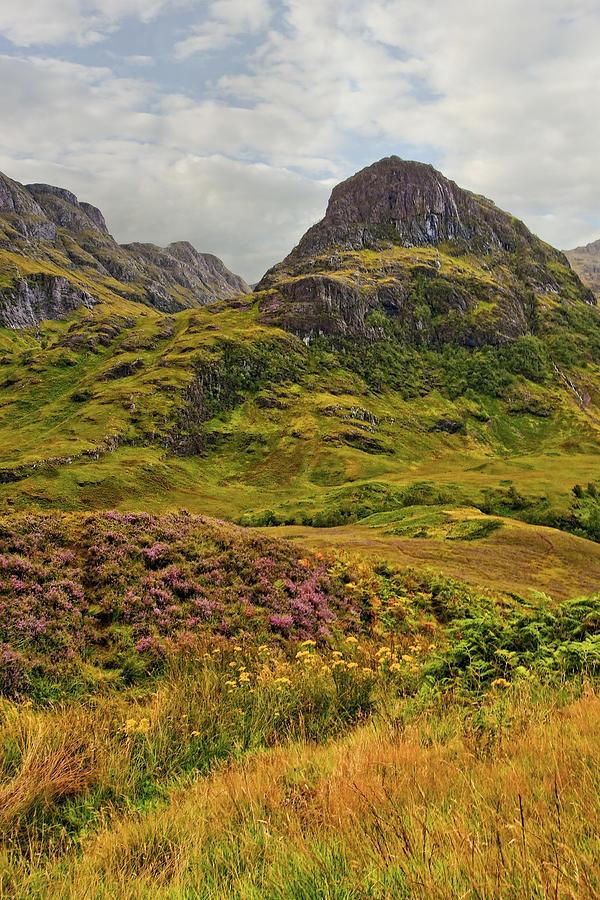 Landscape Photograph - Isle Of Skye by Marcia Colelli