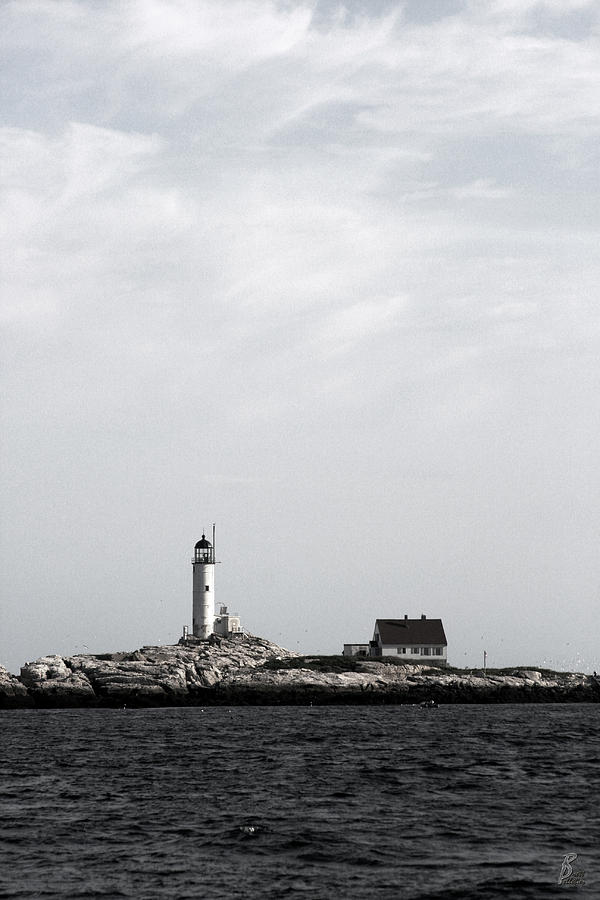 Water Photograph - Isles Of Shoals Lighthouse by Brett Pelletier