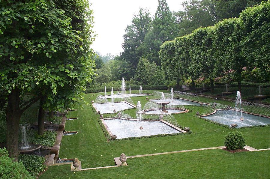 Fountain Photograph - Italian Water Garden by Barbara McDevitt