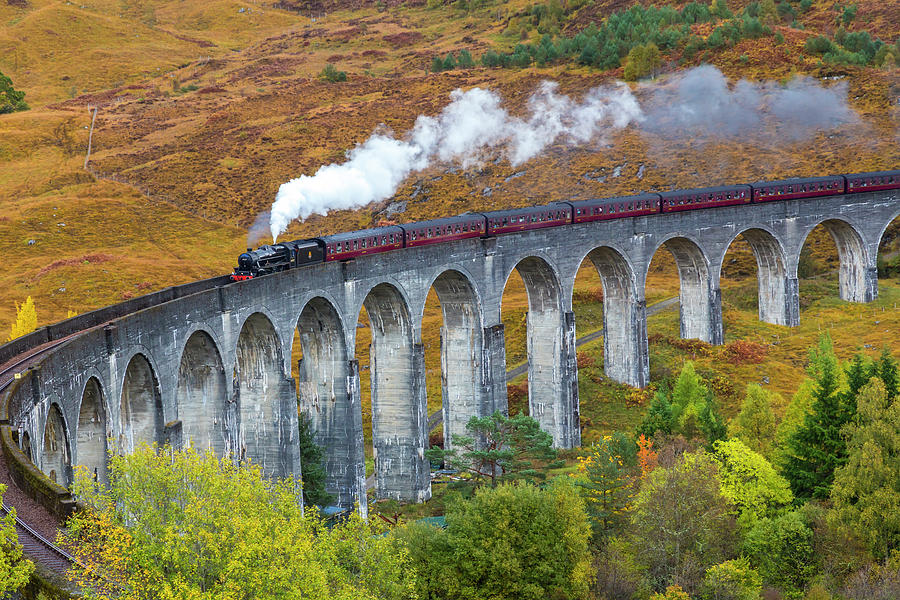 Jacobite Train On Glenfinnan Viaduct Photograph by Peter Adams
