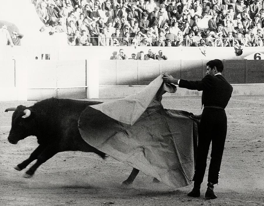 Jaime Ostos Bullfighting Photograph by Henry Clarke
