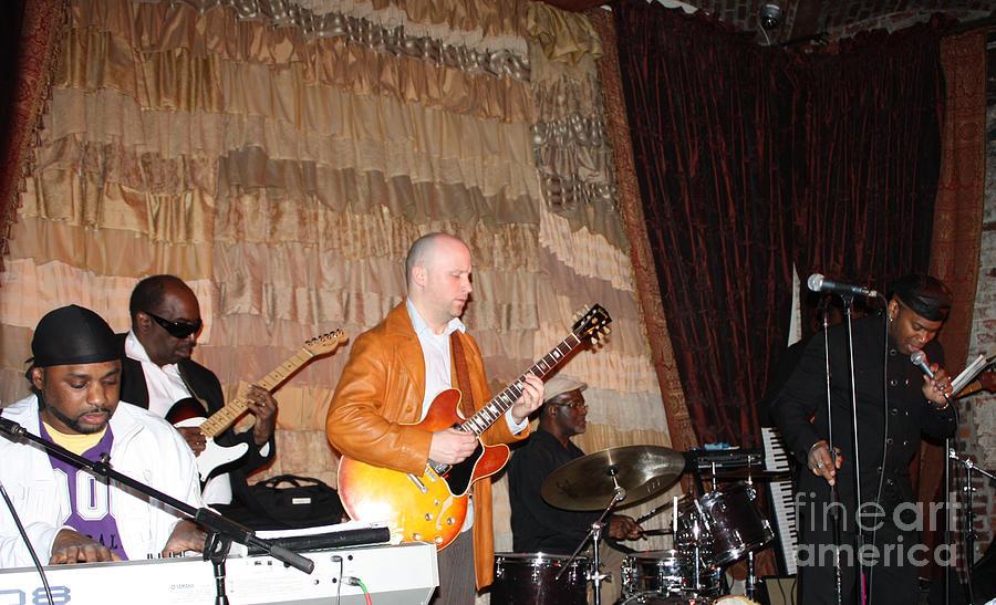 Telfer Photograph - Jamming At Bostons Beehive Night Club by John Telfer
