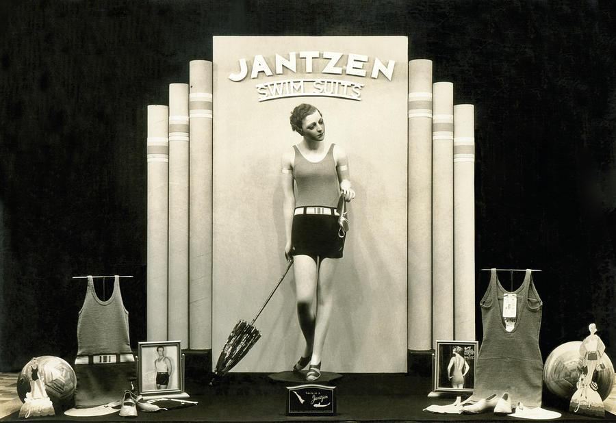 1920s Photograph - Jantzen Swim Suit Display by Underwood Archives