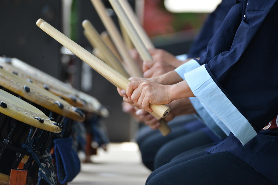 Japanese Taiko Drummers Photograph by Photo By Kevin Frates